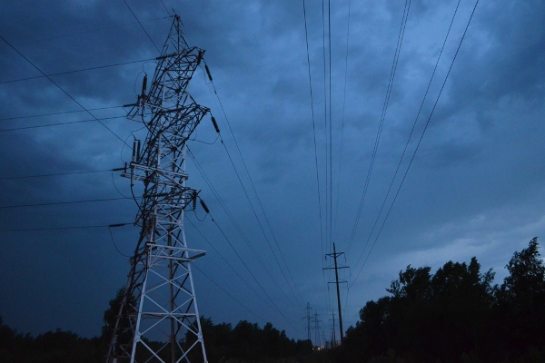 Внекоторых точках Калининграда иобласти из-за шторма отключено электричество