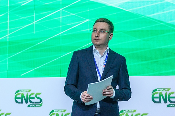 директор фонда «Надежная смена» Артем Королев