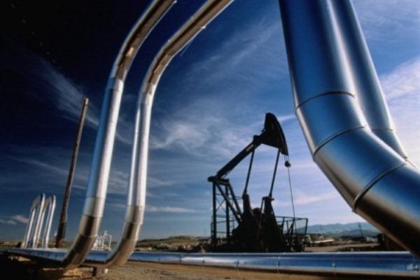 Брянских нефтяников поздравили спрофессиональным праздником