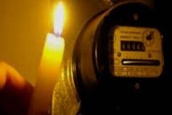 Неменее 2 тыс. граждан крупного микрорайона Ставрополя остались без света из-за трагедии